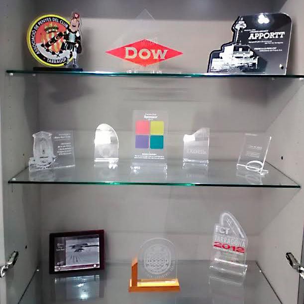Trofeos y copas de metacrilato